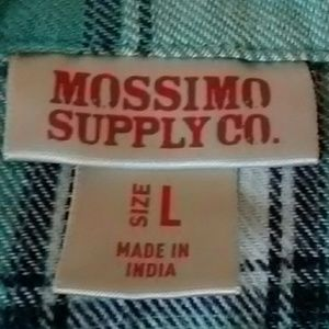 Mossimo Supply Co. Shirts & Tops - Button down shirt